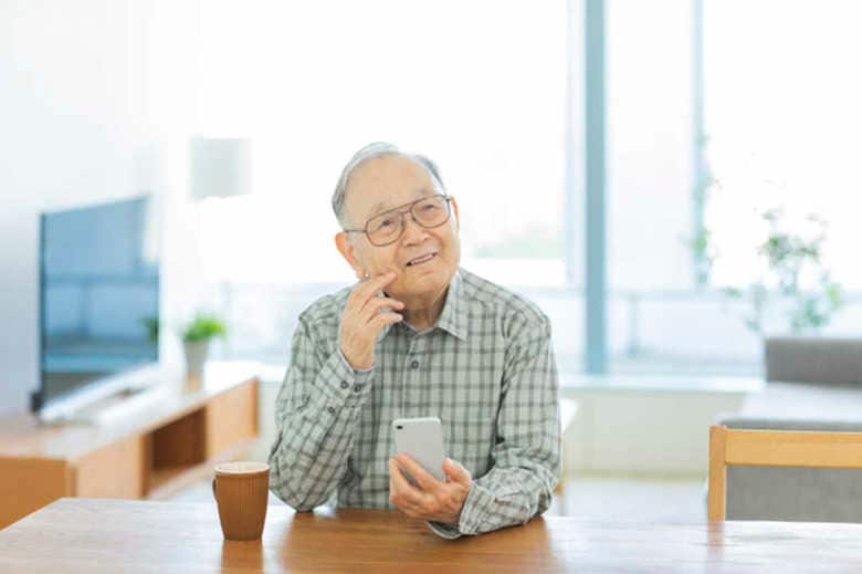 「格安スマホ」に関する相談が高齢者に増加中… その理由と対処法を国民生活センターに聞いた