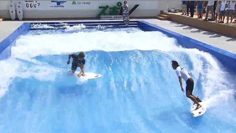 都心のど真ん中でサーフィンも!スポーツエンタメ施設開業