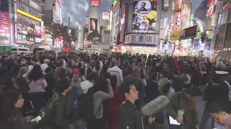 ハロウィーン本番で仮装した人が集結! 厳戒態勢の渋谷…混乱は?