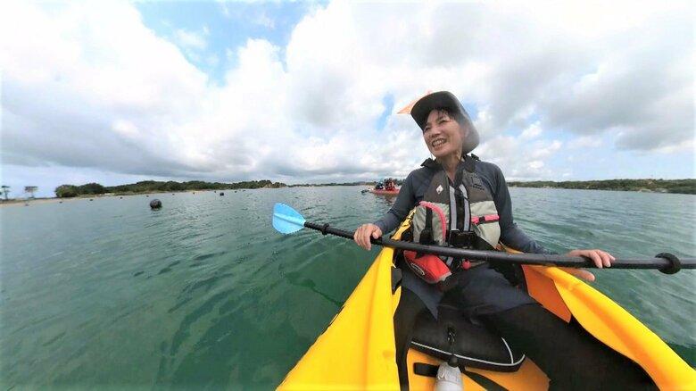 「この自然が続くようにするのも仕事」シーカヤックで故郷の海の魅力を…ママさんインストラクターの郷土愛