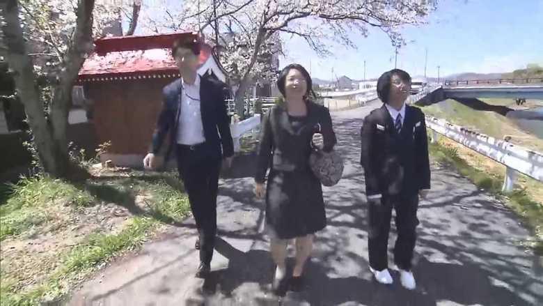 「この制服が好き」入学式にスラックスで初登校! 女子生徒の制服が選択制に