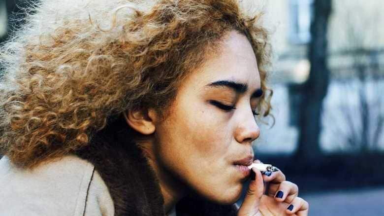 """平成は「たばこ離れ」の時代だった...世間はなぜ""""嫌煙""""となったのか"""