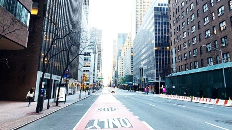 灯が消えた不夜城ニューヨーク  感染者13万人を超えた街で起きていること