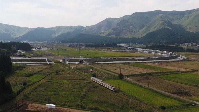 復興の息吹を感じる阿蘇の魅力再発見の旅 熊本地震で寸断されたJR豊肥線が全線開通