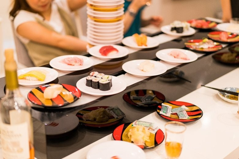 家で「回転寿司」を体験できる出張サービスが楽しそう…必要なスペースをかっぱ寿司に聞いた